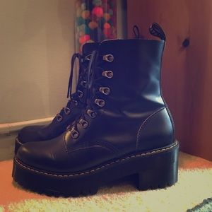 Dr. Martens LEONA VINTAGE SMOOTH - Black